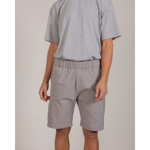 NÉ EN AOÛT Shorts with double seam pin tucks in grey